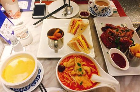 翠华茶餐厅是中西式融合菜餐厅,还是贩卖港式茶餐厅体验?