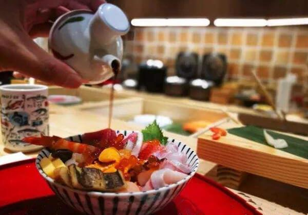 登寿司的小碗海鲜