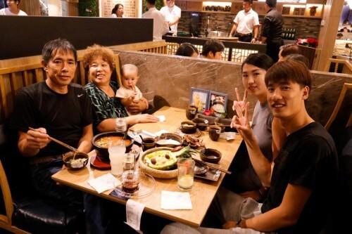 家人一起吃格朗合米线2.jpeg