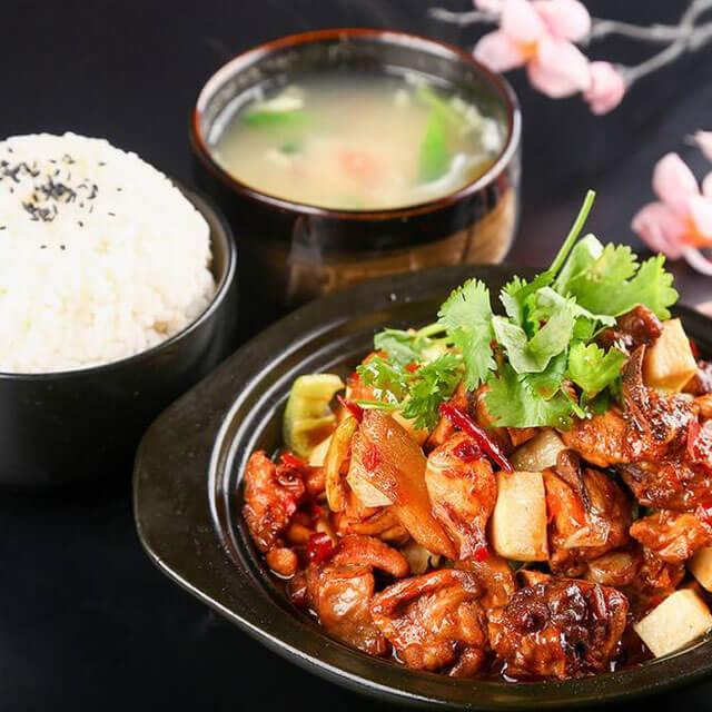 鲁味黄焖鸡米饭