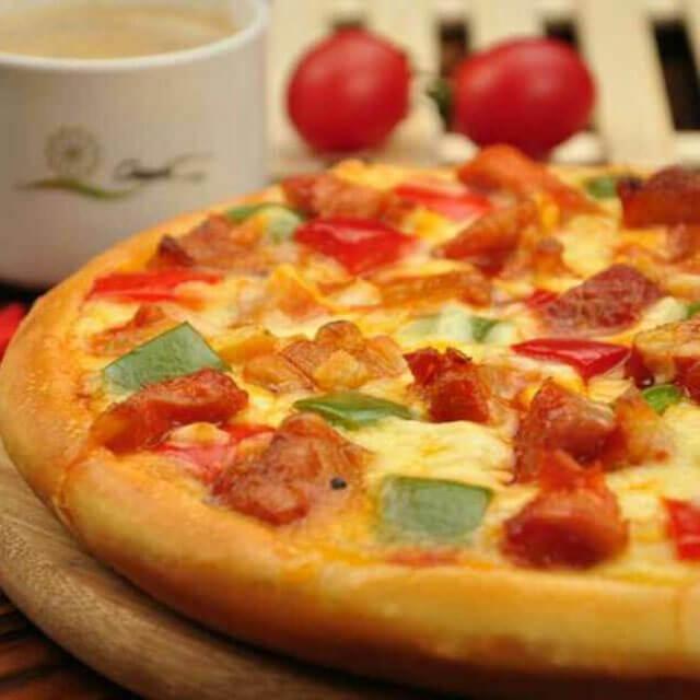 咔咔熊露丝披萨