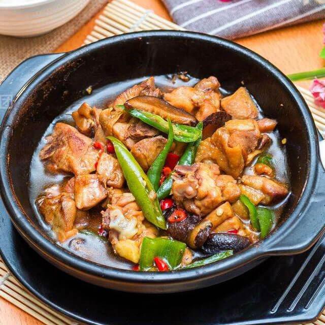 彭德凯黄焖鸡米饭
