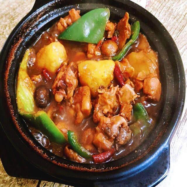 爱食客黄焖鸡米饭