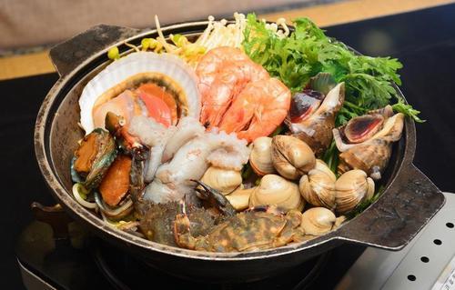 海鲜砂锅麻辣烫