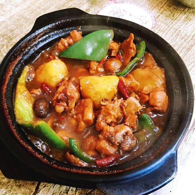 荣君府黄焖鸡米饭
