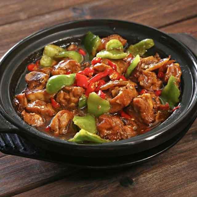 香香美食黄焖鸡米饭