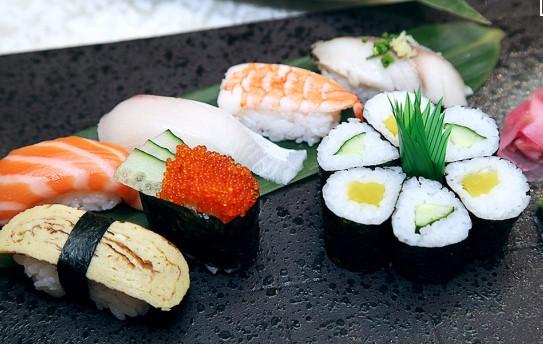 极鲜三文鱼寿司加盟优势