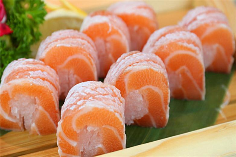 花炙寿司加盟