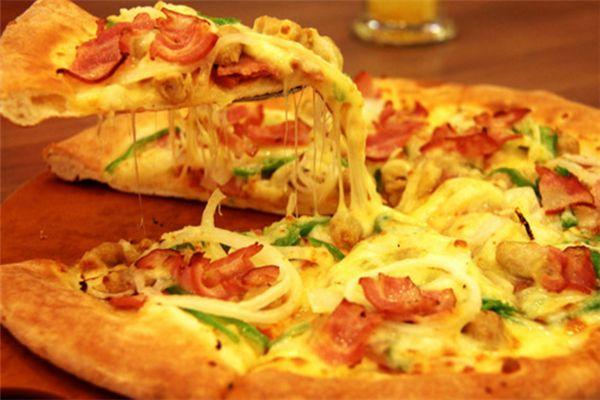 阿呆披萨加盟