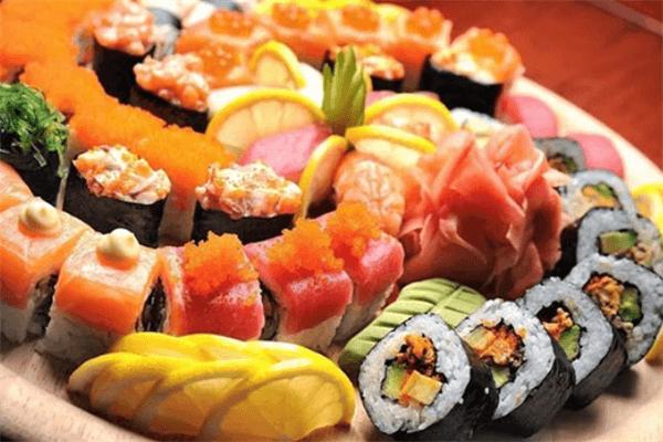 其实是寿司好吃